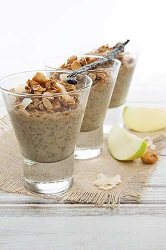 apple-pie-chia-pudding-w-granola