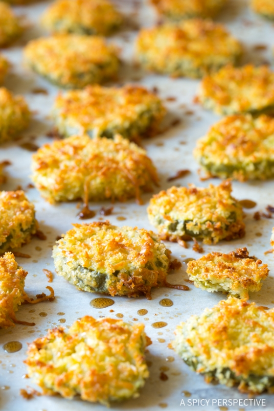 oven-baked-fried-pickles-with-garlic-sauce-5