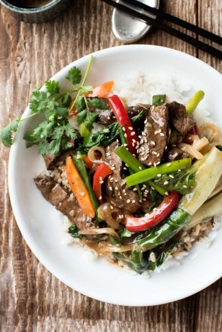 Easy-Classic-Chinese-Beef-Stir-Fry_1-680x1018